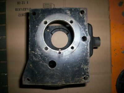 TRANSMISSION ADAPTER PLATE, Ford Narrow pattern to 83-93 Ford T-5