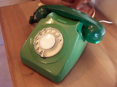 VINTAGE RETRO 1970s GREEN ROTARY DIAL TELEPHONE, BT 746, IN FULL WORKING ORDER