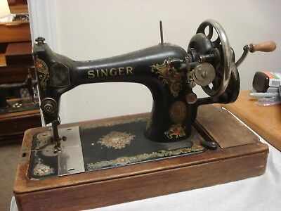 1920 Singer sewing machine antique hand crank Made in Clydebank Scotland