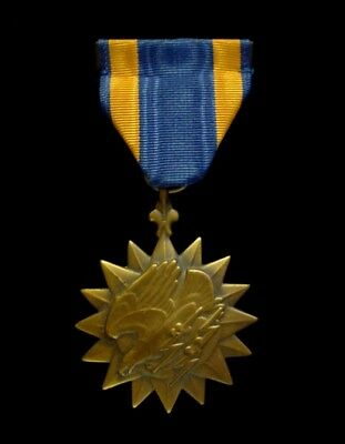WWII WW2 US Army Air Force Air Medal w/ Wrapped Brooch for Aerial Achievement
