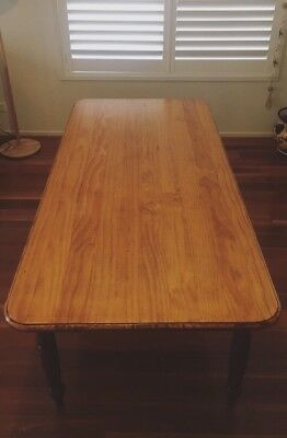 Beautiful Vintage Dining Table With Drawers!