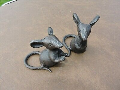 Pair of Rustic Cast Iron Mice Mouse Garden/Home/office Ornaments Statue Metal