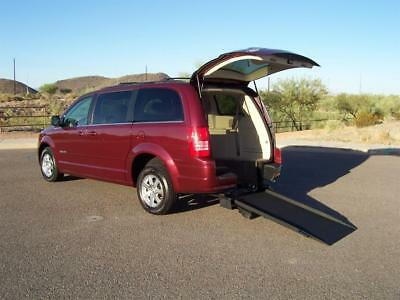 2008 Chrysler Town & Country Touring Wheelchair Handicap Mobility Van 2008 Chrysler Town & Country Touring Wheelchair Handicap Mobility Van Best Buy