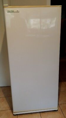 Fisher & Paykel N308 Freezer (size = 304 litre) fully functioning (pickup only)