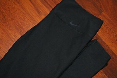Nike Women's Leggings Size S Small Black EUC