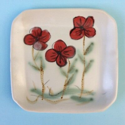 AUSTRALIAN STUDIO POTTERY RED POPPY PLATE Helen Sparrow Hand-formed Painted