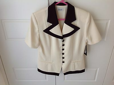Vintage Oz Made Discovery Ladies 2 Piece Skirt Suit size 12 NWT!