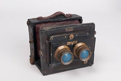Resin ornament of vintage Stereo Tailboard camera - miniature reproduction