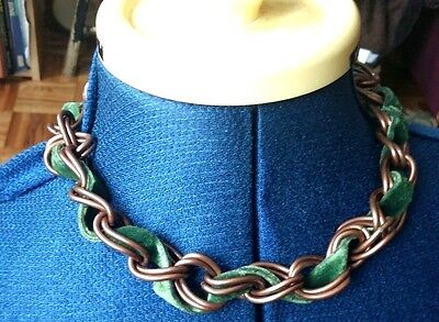 Chunky copper tone & green velvet chain loop statement necklace choker