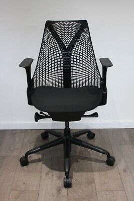 UK & EU DELIVERY | Herman Miller Sayl chairs | Black | Immaculate