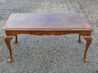 Vintage H. Shaw bur walnut coffee/side/end table with queen anne cabriole legs