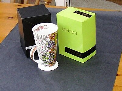 "Dunoon mug in the new Alto shape and depicting ""The Kiss"" - Gustav Klimt"