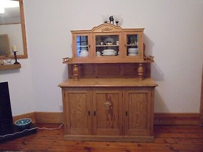 Glazed, waxed Victorian dresser, unique style, lovely condition
