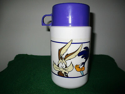 Vintage Wile E Coyote & Road Runner Complete Thermos (1996)