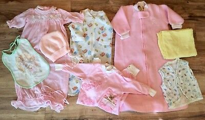 Vintage Baby Girl Newborn 0-3 Lot Sleepwear Hat Bibb Pajamas