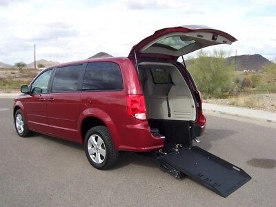 2016 Dodge Grand Caravan SE Wheelchair Handicap Mobility Van 2016 Dodge Grand Caravan SE Wheelchair Handicap Mobility Van Best Price