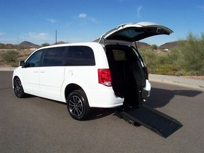 2017 Dodge Grand Caravan SE Plus Wheelchair Handicap Mobility Van 2017 Dodge Grand Caravan SE Plus Wheelchair Handicap Mobility Van Best Price
