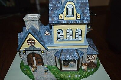 PartyLite Olde World Village Toy Shoppe Tealight Candle Holder House Retired