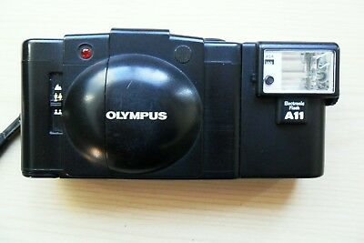 Olympus XA2 35mm classic camera, tested and fully working