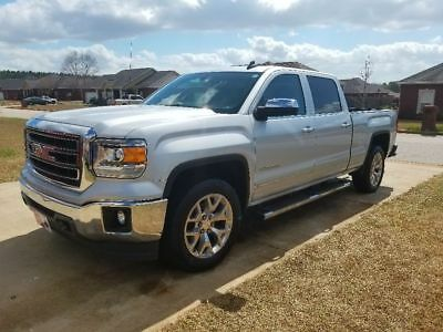 2015 GMC Sierra 1500 SLT Crew Cab Pickup 4-Door Excellent one owner, garage kept,loaded,tow, 3.42axle,B&W rollover ball 6.5' bed