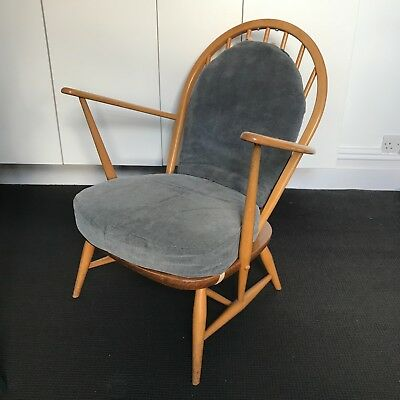 Ercol 305 Armchair, Lounge Chair, Vintage Mid Century, Used Great Condition