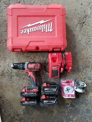"""Milwaukee 1/2""""  Cordless Hammer Drill WITH FREE BATTERIES KIT HEAVY DUTY"""