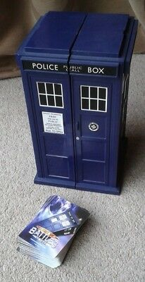 Doctor Who - Battles in Time cards and Tardis