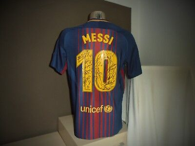 "FC Barcelona Trikot Home 2017/18 ""MESSI"" Team Handsigniert."