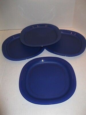 "Tupperware ~ 9 1/2"" Microwave Reheatable Luncheon Plates ~ Blue ~ New"