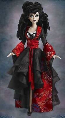 Rare Wrapped in Sorrow Evangeline Ghastly/Wilde imagination Tonner Doll Ltd 150
