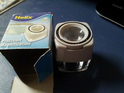 Helix 8x Printer's Type Magnifier - Adjustable Focus Wheel.