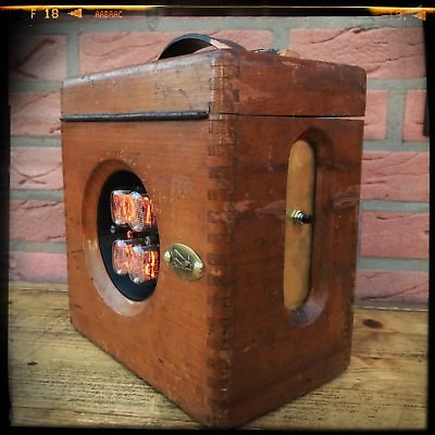Nixie Uhr in alter Holzbox - Steampunk, Teslapunk, Unikat, Vintage, Nixie Clock