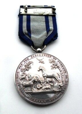 R.S.P.C.A. Queen Victoria Medal - Miss Ethel Wright 1940 (In Box of Issue)