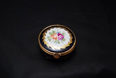 Limoges Pill Box or Trinket Box.  Decor Main France