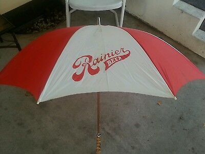 VINTAGE 1970S RAINER BEER UMBRELLA WOOD HANDLE- pretty rare! Very cool!