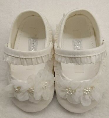 Sarah louise baby shoes 6-12 months NEW