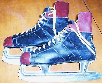 Vintage /  Patins De Hockey Made In Canada  / Cuir  / Taille 42