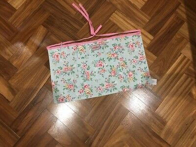 Bnwt CATH KIDSTON KINGSWOOD ROSE CHILD SIZE HALF SIZE APRON