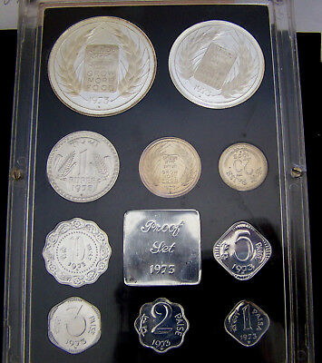 India 1973 Proof Set Low Mintage Silver !!