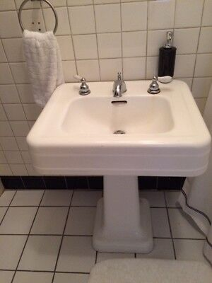 1930's Antique Cast Iron White Porcelain Pedestal Bath Sink