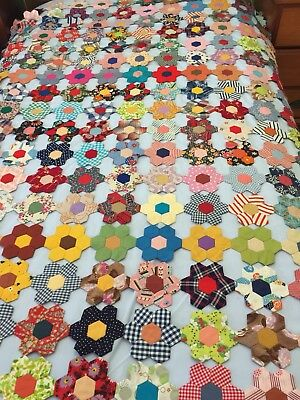 Antique vintage patchwork hand pieced old hexagon  coverlet bed cover 110 x180cm