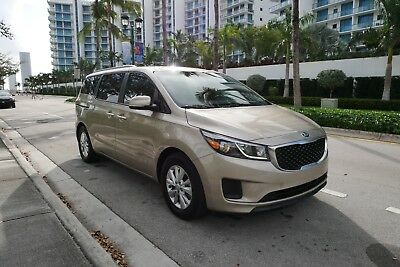 2015 Kia Sedona  2015 KIA Sedona backup camera,! ; only 18kmiles