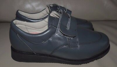 Chaneco Mens Therapeutic Touch Fastening Shoes Size 9.5 Leather - Please Read