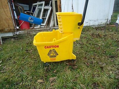 Rubbermaid Mop Bucket And Wringer