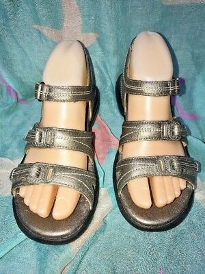 "8cb76a6781b6 Clarks Structured Metallic Brown""Womens Leather Upper Straps Sandals Sz 6M"