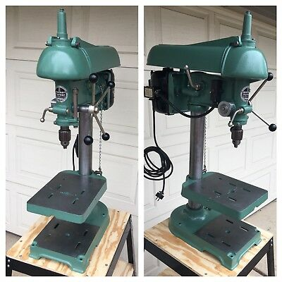 Vintage 900 series Walker Turner Bench Top Drill Press. Fully Restored
