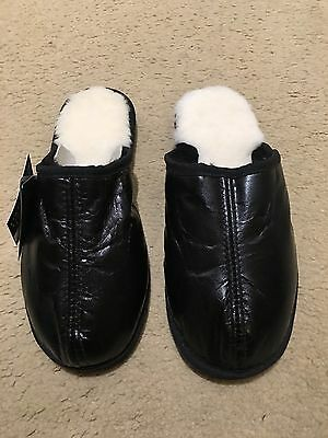 NEW Genuine Australian Ugg Sheepskin Slipper - Men Size 9/ Lady 11 , Black Color