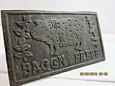 Antique BACON PRESS Cast iron Wood Handle Old Vtg Seasoned Pig Meat Press