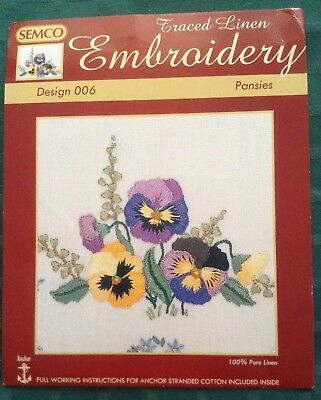 Semco Traced Linen Design 006 Pansies  2 Doilies
