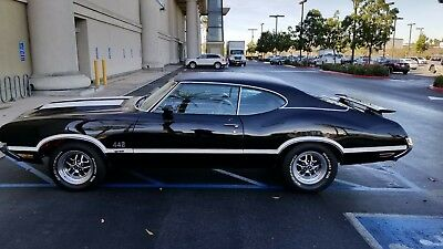 """1972 Oldsmobile Cutlass 442 W-30 1972 Olds 442 W-30 documented with """"X"""" code, # matching engine Perfect driver"""